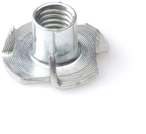 Inslagmoer tbv hout M6 staal verzinkt